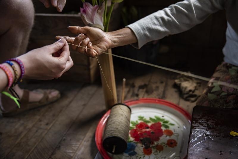 Making cloth - Inle Lake, Myanmar